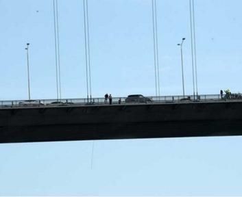Boğaziçi Köprüsü'ndeki intihar. Kadınlar atla demiş- CNN TÜRK - tarafsız güvenilir haberler